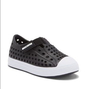 SKECHERS. Guzman. Black. Velcro NWT